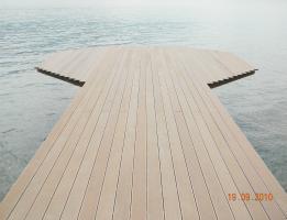 Decodeck – ponton pe Dunare